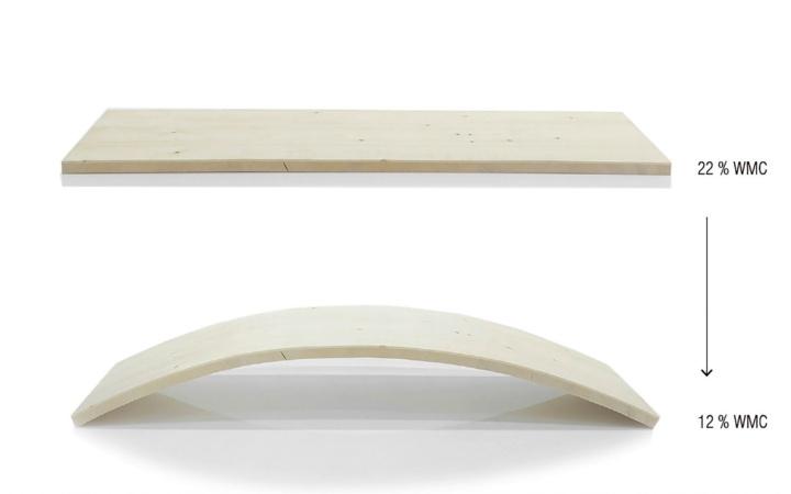 Process timber programming: Holzplatte krümmt sich exakt wie berechnet.