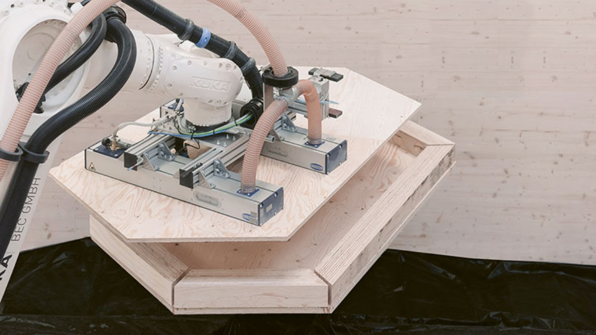 Robotic prefabrication of a timber element