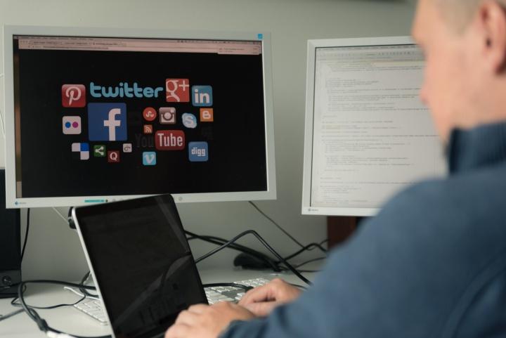 Verknüpfung biomedizinischen Wissens und Informationen aus sozialen Netzwerken (c) Universität Stuttgart/Max Kovalenko