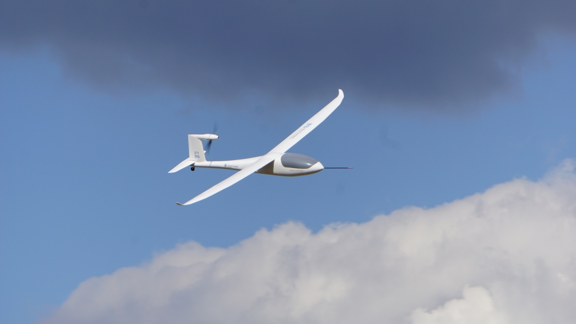 Glider at the Heaven (c) University of Stuttgart/IFB/IFR