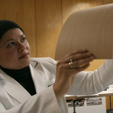 The Egyptian architect Hanaa Dahy researches recyclable fiberboard at the University of Stuttgart.