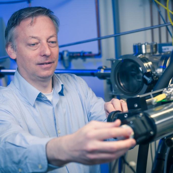 "Prof. Dr. Peer Fischer: World Technology Award 2016, Kategorie ""Information Technology – Hardware"