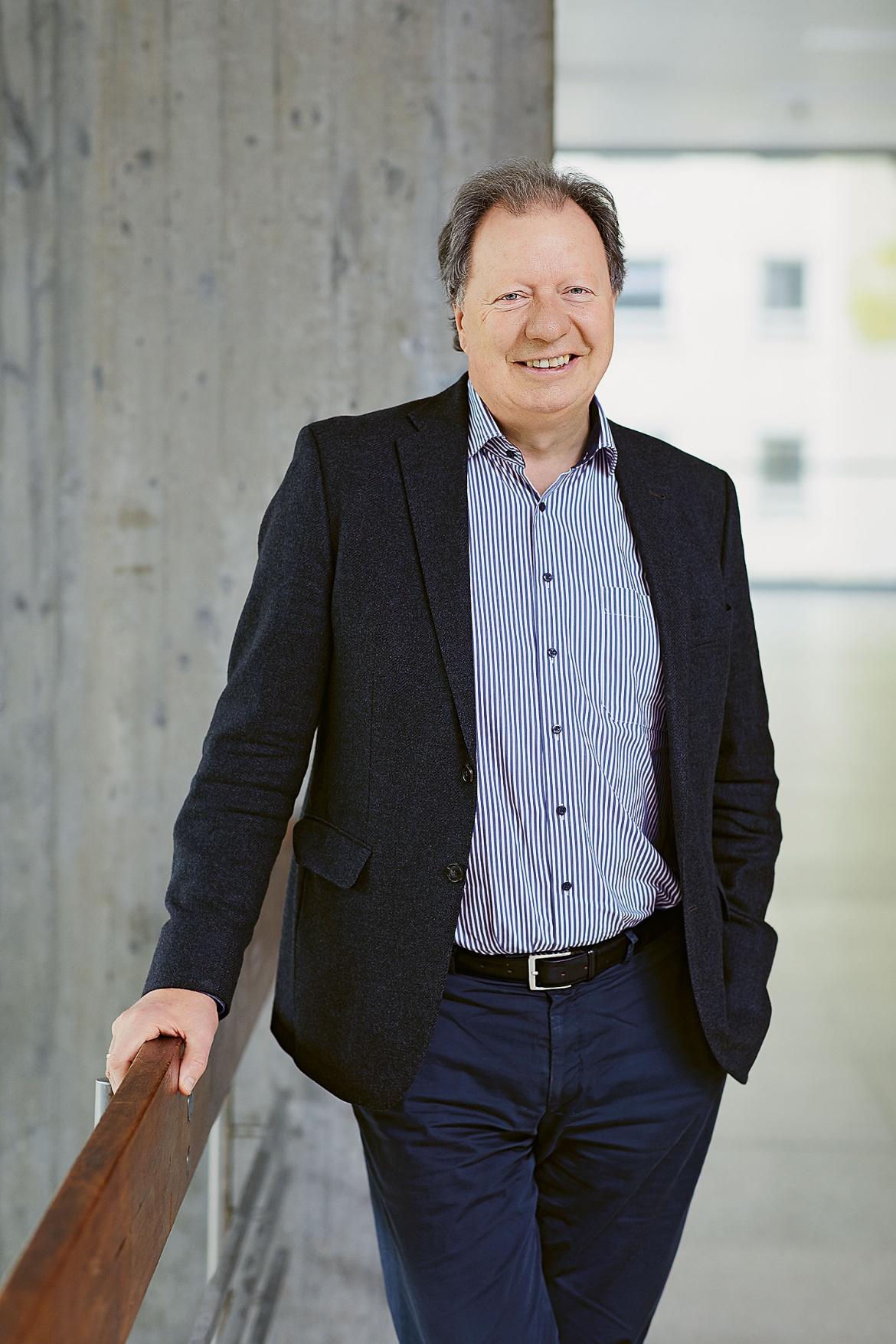 Prof. Wolfram Ressel, Rector of the University of Stuttgart.