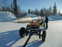 Roll-Out der REXUS 9 Rakete (Foto: EXPLORE)