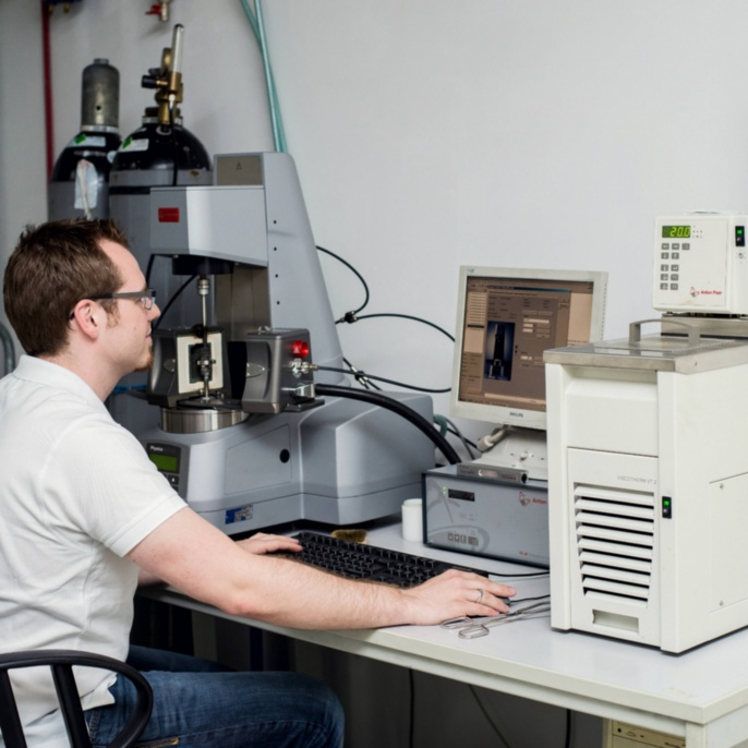 Different laboratories at the Institute enable for example the investigation of workpieces or different methods of material characterisation. <br />