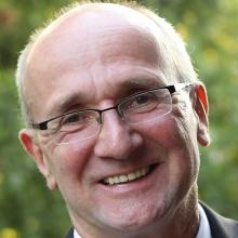 Dieses Bild zeigt Prof. Dr. Hans-Georg Kemper
