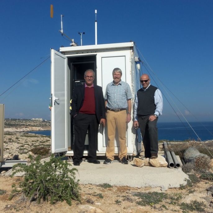 Air Quality monitoring station in Cyprus <br />Image: Günter Baumbach<br />