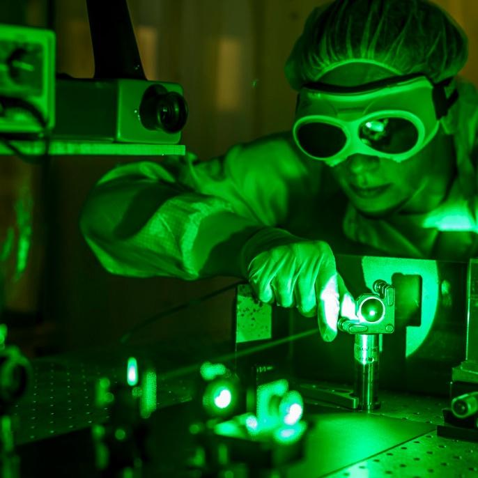 Frequenzverdoppelter Scheibenlaser