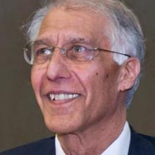 This picture shows Hon.-Prof. Schew-Ram Mehra