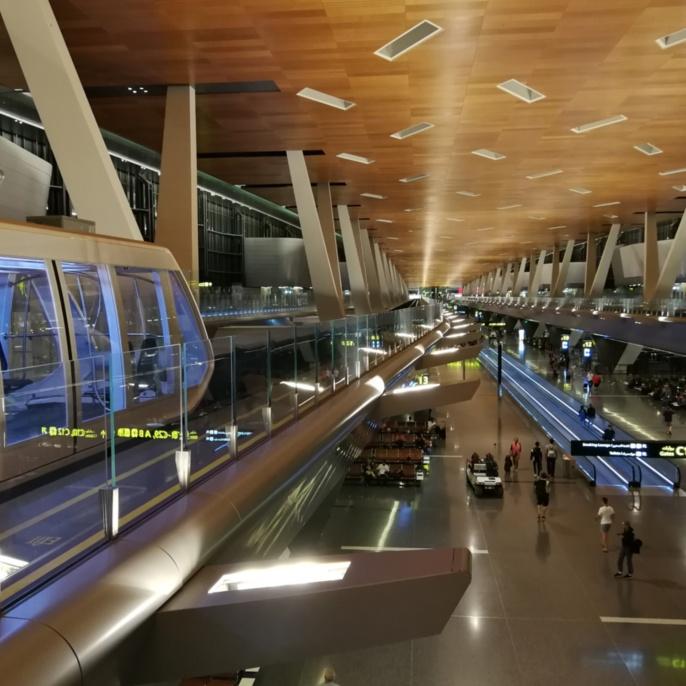 3 - Fahrerloser Zug am Flughafen Doha