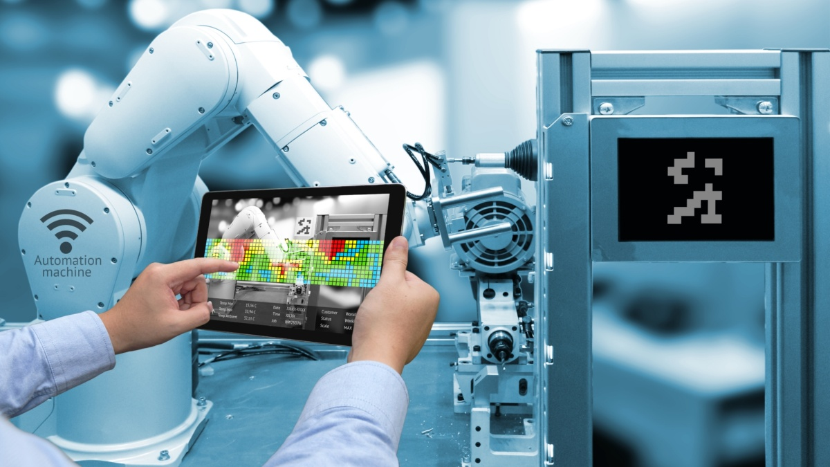 Autonom agierende Roboter zur Steigerung von Flexibilität und Effizienz  Foto: Adobe Stock