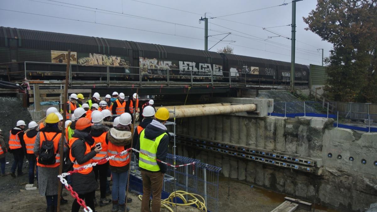 Eisenbahn-Unterfahrung  IGS (Institut für Geotechnik)