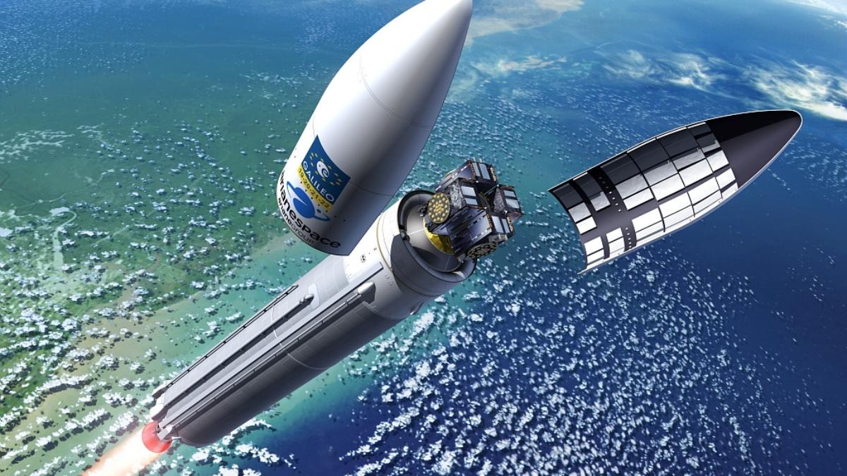 Navigation: Vier Galileo Satelliten werden mit der europäischen Ariane 5-Rakete in ihren Orbit gebracht.  ESA – P. Carill
