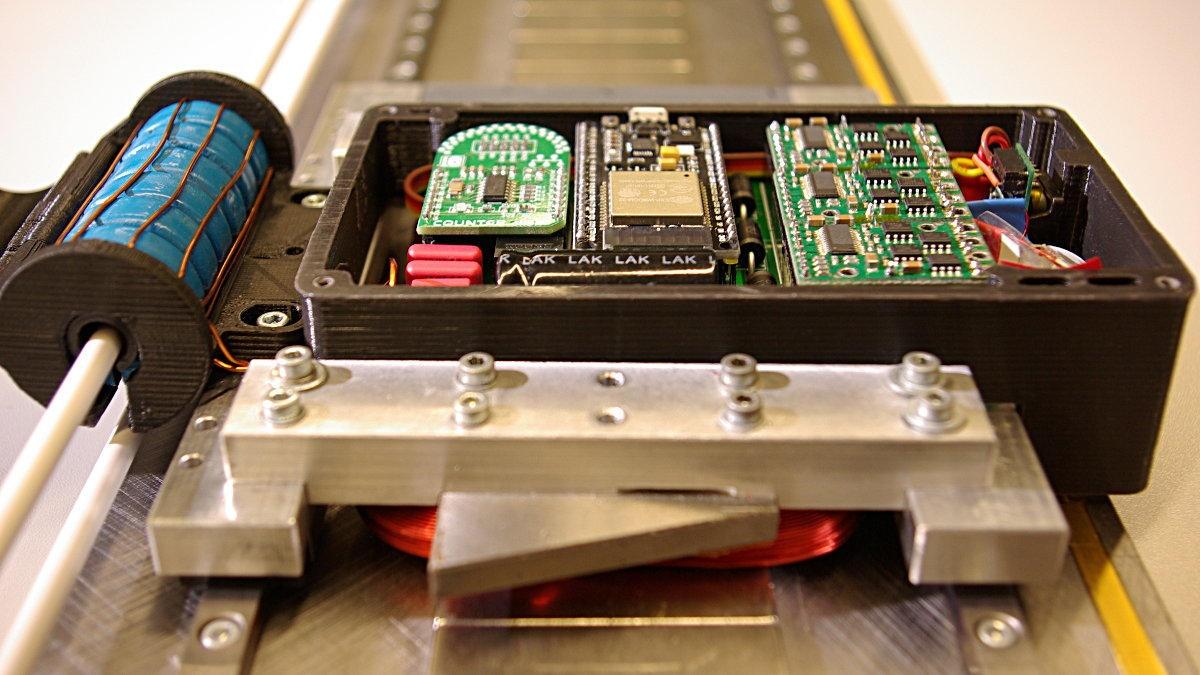 Lineardirektantrieb mit induktiver Energieübertragung  Foto: Institut für Konstruktion und Fertigung in der Feinwerktechnik