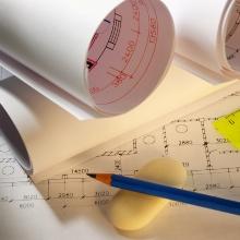 technische Zeichnungen, Lineal, Bleistift und Radiergummi
