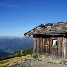 Schutzhütte auf einem Berg