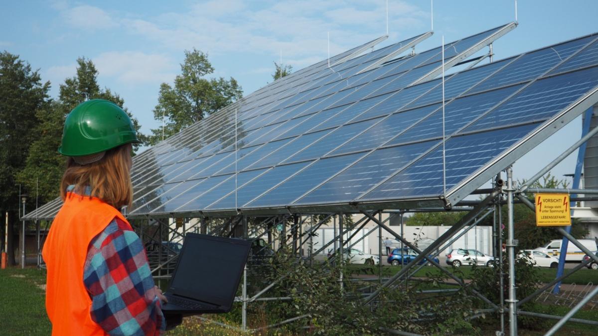 Studiengang Umweltschutztechnik: Energie Photovoltaikanlage Foto: ISWA/Uni Stuttgart