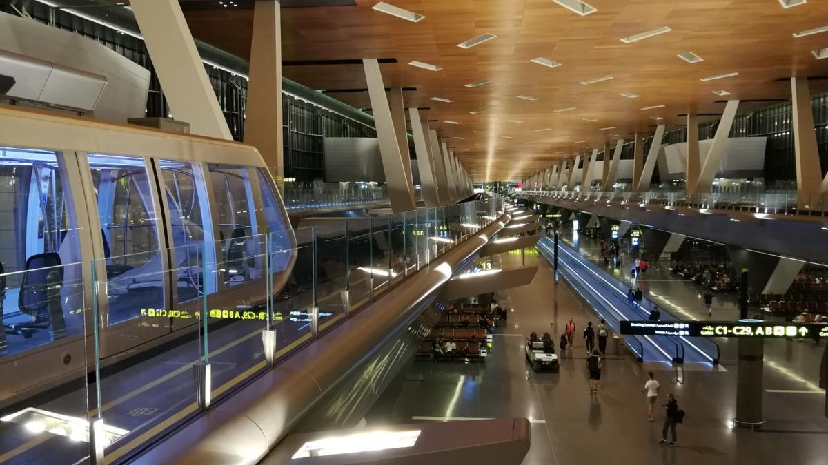 Fahrerloser Zug am Flughafen Doha  Foto: IEV