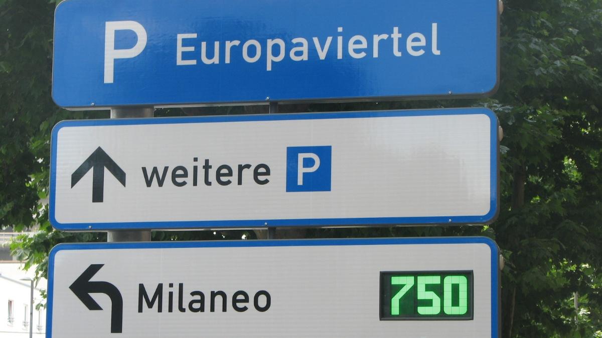 Parkleitsystem im Stuttgarter Europaviertel  Foto: ISV-VuV