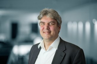 Prof. Oliver Röhrle, Institute of Applied Mechanics, University of Stuttgart