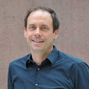 Jun.-Prof. Syn Schmitt, Institut für Sport- und Bewegungswissenschaft, Universität Stuttgart