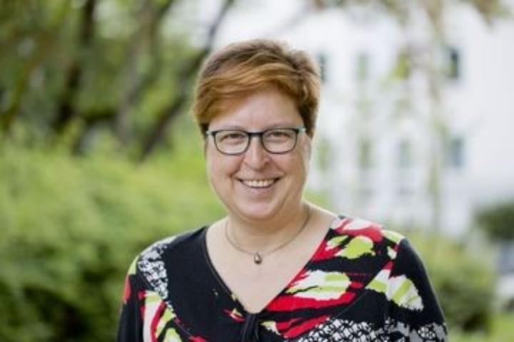 Sigrid Eicken, der Beauftragten für Studierende mit Behinderungen oder chronischen Erkrankungen an der Universität Stuttgart.