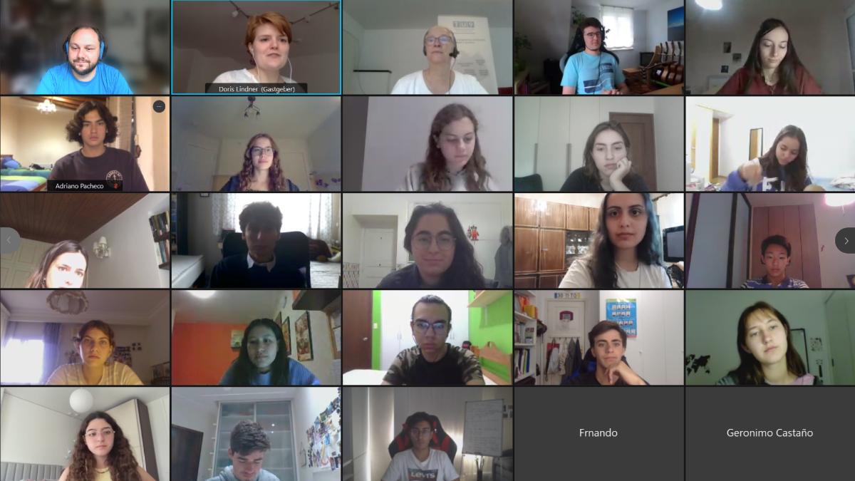 Screenshot eines Workshops mit Schülerinnen und Schülern der TU9-Ing-Woche.