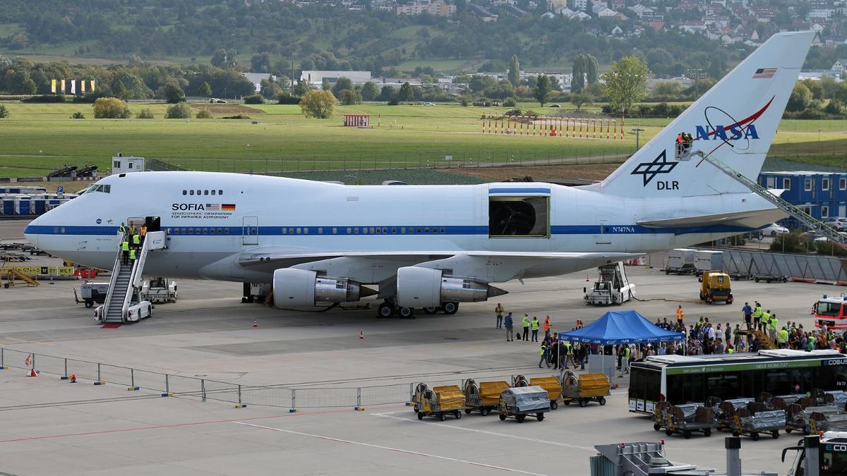 SOFIA ist eine umgebaute Boeing 747.