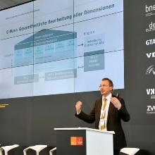 Presseinfo 31: Prof. Hufendiek von der Universität Stuttgart sagte, dass die Energiewende nur mit gesamtgesellschaftlicher Akzeptanz gelingen kann., Copyright: bw-i/Dieter Meyer