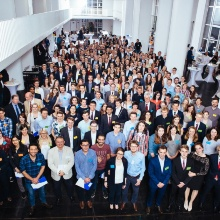 Press release 37: Joint finish with big group picture. Copyright: University of Stuttgart/Berger