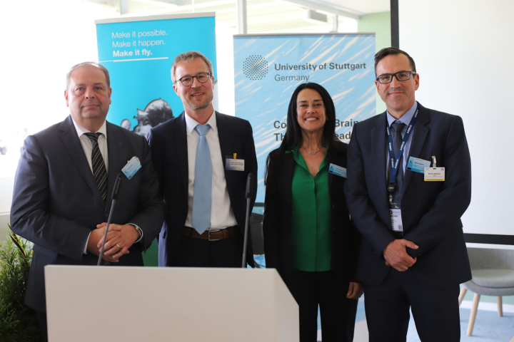 From left: Thierry Baril, Professor Peter Middendorf, Grazia Vittadini and Marco Wagner, Managing Director and Industrial Relations Director at Airbus Commercial in Germany, at the signing ceremony for the AGUPP partner agreement at the ILA.