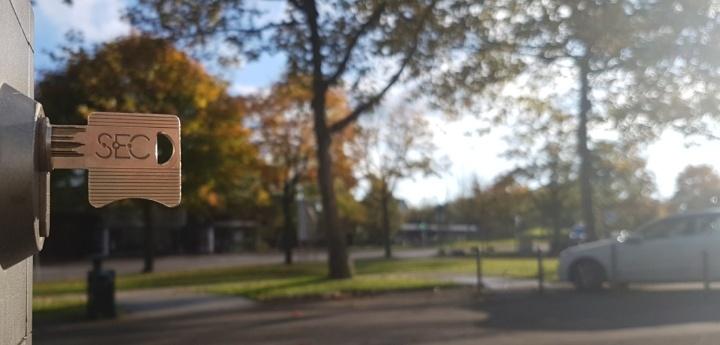 (c) University of Stuttgart