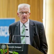 Presseinfo 64: Ministerpräsident Winfried Kretschmann  Copyright: Universität Stuttgart / Uli Regenscheit