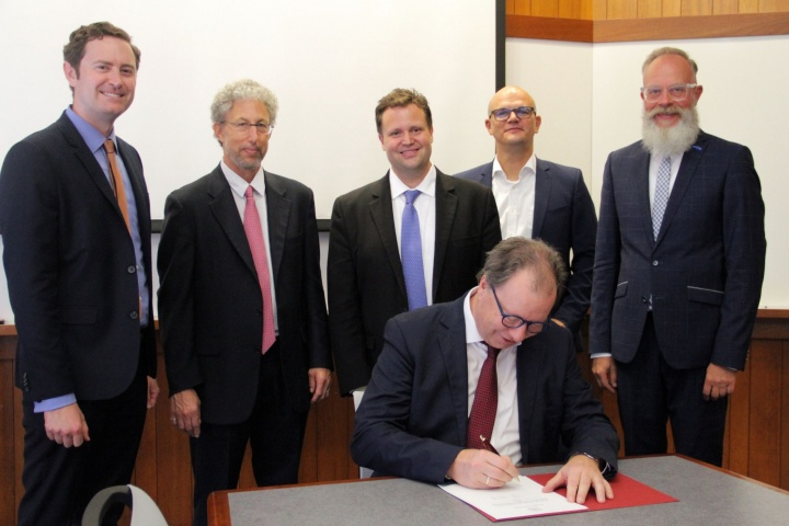 Professor Wolfram Ressel signed the cooperation agreement with MIT.  (c) MIT