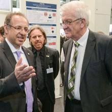 Ministerpräsident Winfried Kretschmann besucht den Landesstand Ministerpräsident Winfried Kretschmann besucht den Landesstand