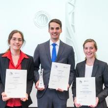 Die Preisträger Dr. Claudia Koch, Dr. Tobias Steinle und Dr. Ann-Christin Baranski