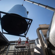 Press release 77: Einbau des Wäremtauschers über das Dach des ILA, Copyright: