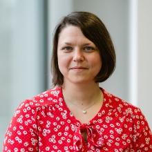 Jun.-Prof. Maria Wirzberger, Leiterin der Abteilung für Lehren und Lernen mit intelligenten Systemen am Institut für Erziehungswissenschaft der Universität Stuttgart