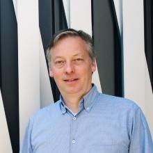 Prof. Peer Fischer