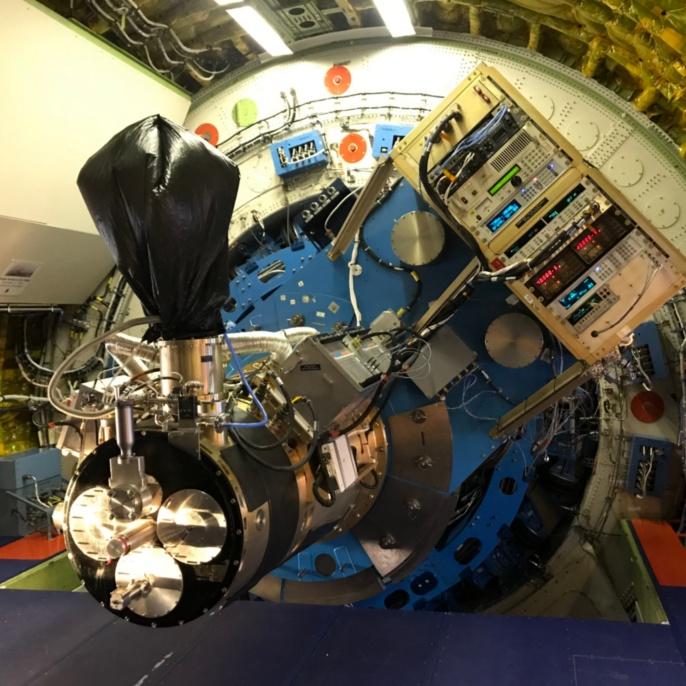 Seit rund einem Jahr wird die hochauflösende Infrarotkamera HAWC+ an Bord des Observatoriums eingesetzt.
