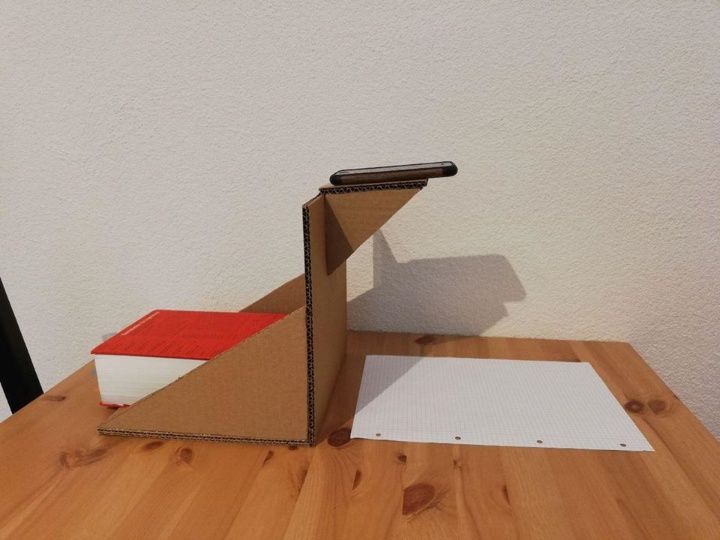 eScouts also support teaching staff with creative solutions such as how to construct a holder for a smartphone from a cardboard box so that the phone can be used as a document camera.