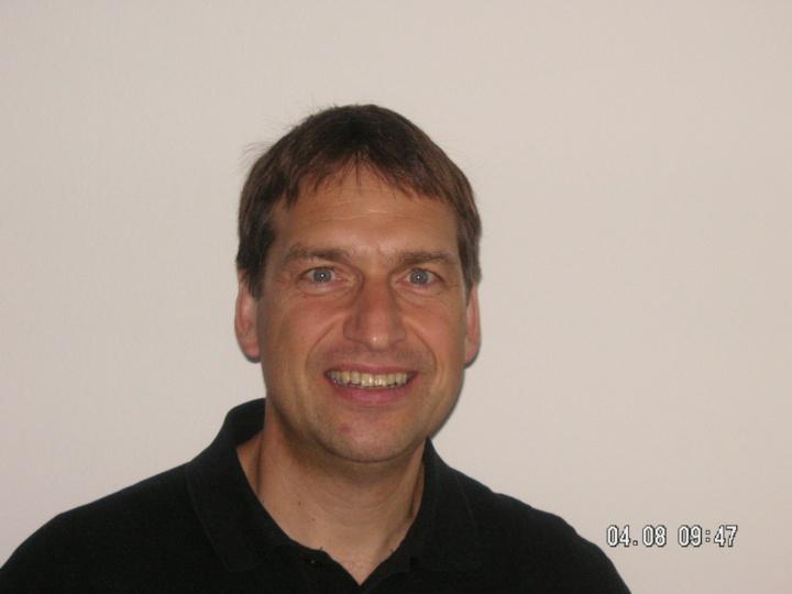 Prof. Dr.-Ing. Balthasar Novák  (c)