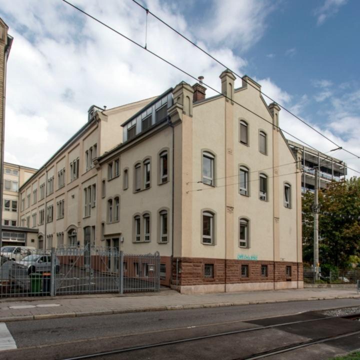Gebäudeansicht Böblinger Straße 70