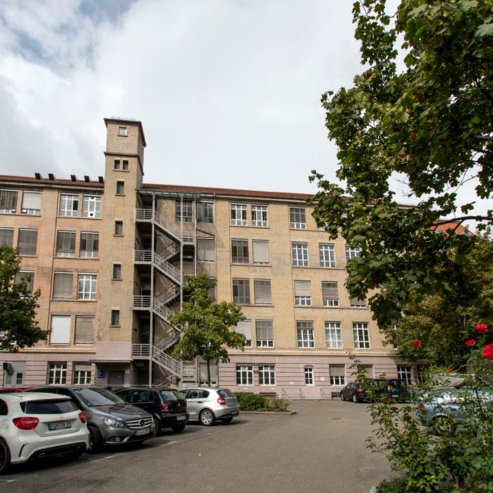 Gebäudeansicht Böblinger Straße 78
