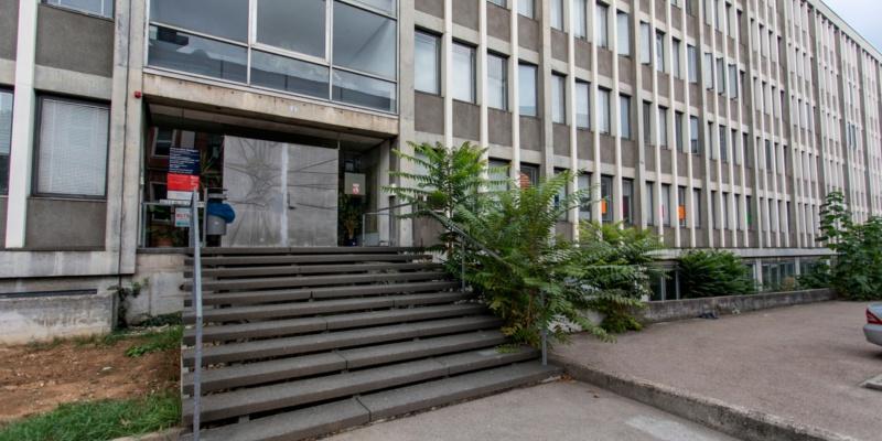 Haupteingang Breitscheidstraße 2