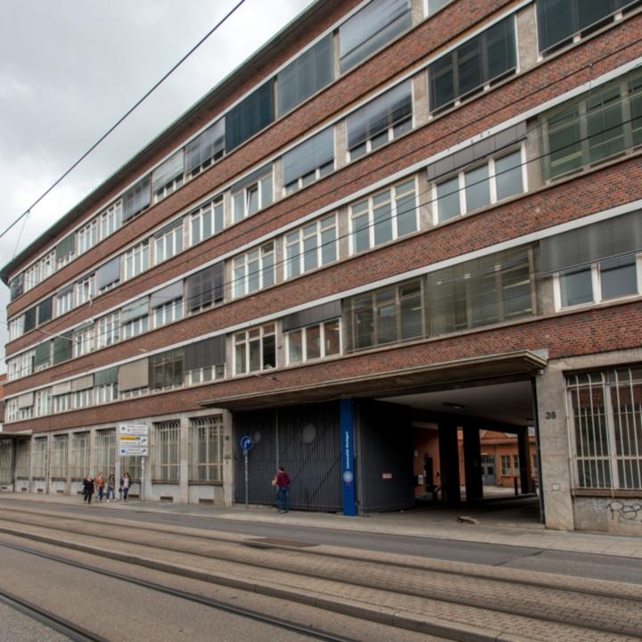 Gebäudeansicht Seidenstraße 36