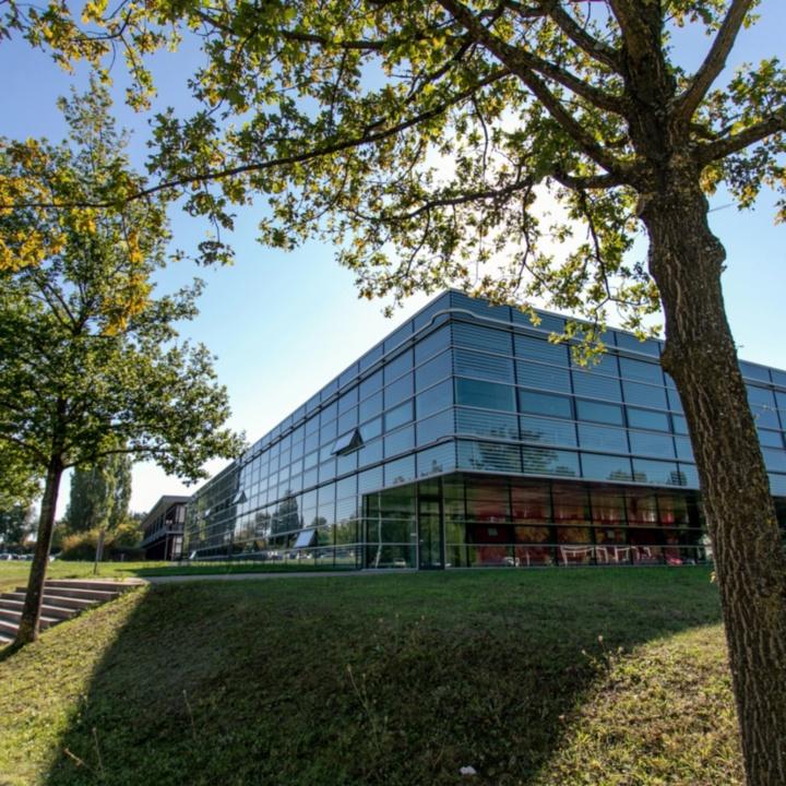 Gebäudeansicht Nobelstraße 19