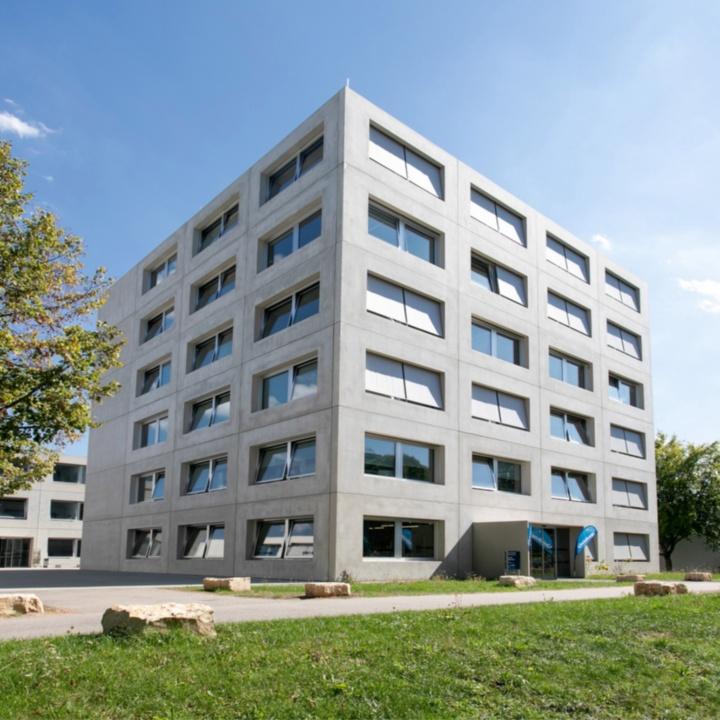 Gebäudeansicht Pfaffenwaldring 5c