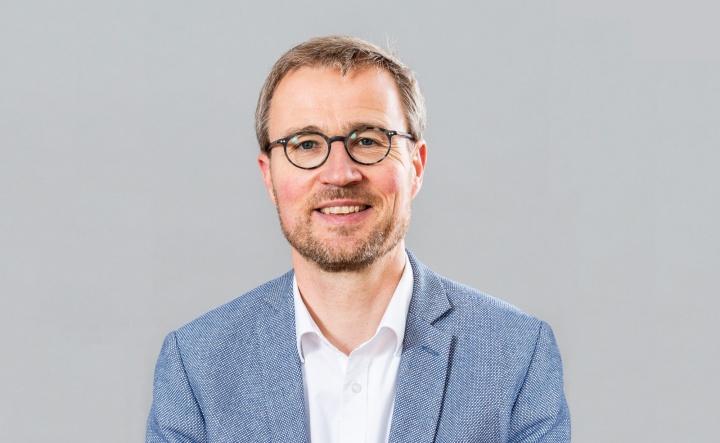 Univ.-Prof. Dr.-Ing. Peter Middendorf, Prorektor für Wissens- und Technologietransfer (c) VISUELL/Universität Stuttgart