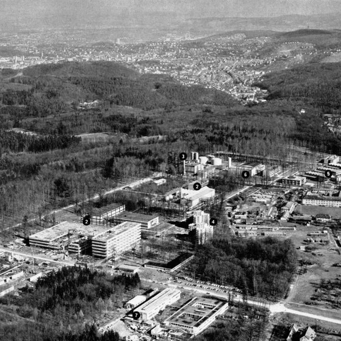 Luftbild des Campus in Vaihingen während der Bauphase.